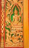 Scultura del portello del tempiale buddista Immagini Stock Libere da Diritti