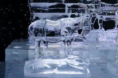 Scultura della capra fatta da ghiaccio Fotografia Stock