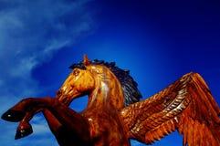 Scultura della motosega del cavallo Fotografie Stock