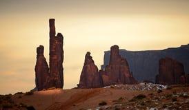 Scultura della valle del monumento alla luce calda di inverno Fotografia Stock