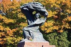 Scultura di Frederic Chopin a Varsavia immagine stock libera da diritti