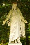 Scultura di Gesù sul cimitero, Colonia, Germania immagine stock libera da diritti
