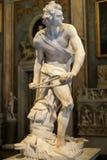 Scultura di marmo David da Gian Lorenzo Bernini nella galleria Borghese, Roma immagini stock libere da diritti
