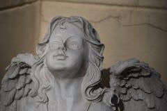 Scultura di una fine di angelo su fotografia stock
