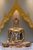 Scultura dorata di Buddha a Wat Traimit Temple a Bangkok, Thaila Immagini Stock