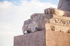 Scultura egiziana dello sphynx del petersbur del san fotografie stock libere da diritti