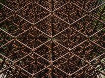 Scultura geometrica del metallo Fotografia Stock Libera da Diritti