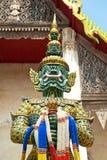 Scultura gigante in tempiale di Wat Takarong, Ayuthaya- Immagine Stock Libera da Diritti