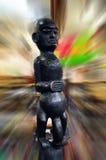 Scultura maschio di legno del dio di fertilità Immagini Stock Libere da Diritti