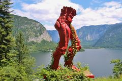 Scultura sopra il lago Hallstatt, Austria Immagine Stock Libera da Diritti