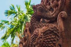 Scultura tailandese dell'uccello di leggenda della laterite Fotografia Stock Libera da Diritti