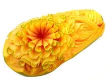 Scultura tailandese della frutta della papaia Immagini Stock Libere da Diritti