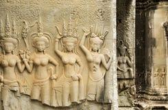 Sculture del tempio di Devata, Angkor Wat, Cambogia immagine stock