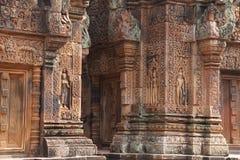 Sculture di Banteay Srei immagini stock libere da diritti