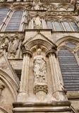 Sculture di pietra sulla cattedrale Fotografie Stock