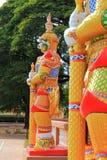 Sculture Giants в виске, Kalasin, Таиланде стоковое фото