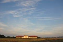 Scuola locale in campagna Immagine Stock Libera da Diritti