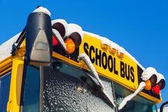 Scuolabus di inverno Fotografie Stock Libere da Diritti
