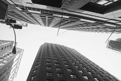 Scyscrapers i svartvita New York Arkivfoto