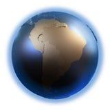 Südamerika auf goldener metallischer Erde Lizenzfreie Stockfotografie