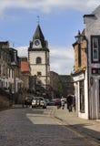 Södra Queensferry - clocktower, Skottland Royaltyfria Foton