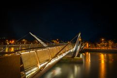 SeÃ-¡ n O ` Casey Bridge in Dublin stockfotos