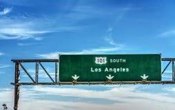 Señal de dirección de Los Ángeles en la autopista sin peaje 101 en dirección del sur Imagenes de archivo