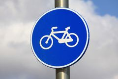 Señal de las bicis Imágenes de archivo libres de regalías
