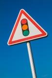 Señal de peligro con una imagen de una señal de tráfico Fotos de archivo libres de regalías