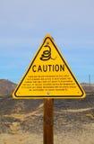 Señal de peligro de las serpientes Fotografía de archivo libre de regalías