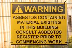 Señal de peligro del amianto Imágenes de archivo libres de regalías