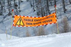 Señal de peligro del esquí Fotografía de archivo