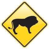 Señal de peligro del león Imágenes de archivo libres de regalías
