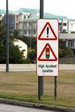 Señal de peligro en la alta área del accidente Fotografía de archivo libre de regalías