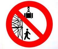 Señal de peligro Se prohíbe para pasar o para colocarse debajo del andamio Estancia hacia fuera de debajo cargas suspendidas Imágenes de archivo libres de regalías