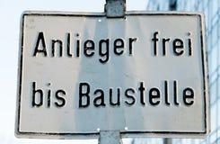 Señal de tráfico alemana de cada vida del día Foto de archivo