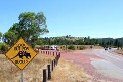 Señal de tráfico amonestadora de Quoll, Australia Fotos de archivo