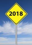 señal de tráfico 2018 con el cielo Fotos de archivo