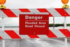 Señal de tráfico de la inundación Foto de archivo