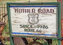 Señal de tráfico de la madre Imágenes de archivo libres de regalías