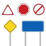 Señal de tráfico en blanco con el polo Imagenes de archivo