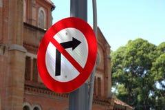 Señal de tráfico en Saigon Imagen de archivo libre de regalías