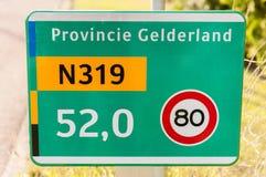 Señal de tráfico en un camino provincial Imagen de archivo libre de regalías