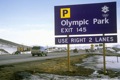 Señal de tráfico olímpica durante 2002 olimpiadas de invierno, Salt Lake City, UT Fotos de archivo libres de regalías
