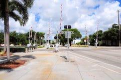 Señal de travesía de ferrocarril, FL Foto de archivo libre de regalías