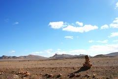 Señal en el desierto Imagenes de archivo