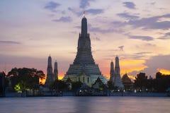 Señal famosa de Bangkok, Wat Arun imágenes de archivo libres de regalías