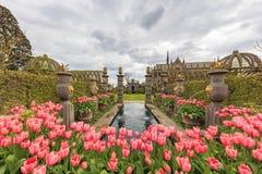 Señal histórica alrededor del castillo de Arundel imágenes de archivo libres de regalías