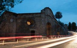 Señal histórica del edificio de la puerta de Famagusta, Nicosia Chipre Imágenes de archivo libres de regalías