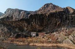 Señal monumental noruega fotos de archivo